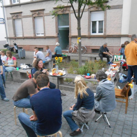 Open air   District Future's regular's table