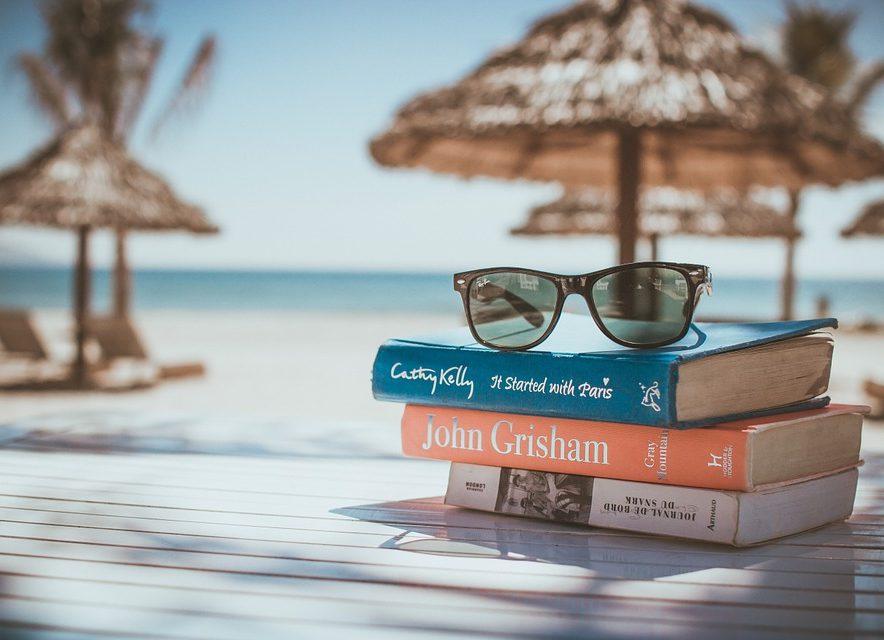 Sommer, Sonne, Lesehunger – mit einem guten Buch in die Sommerpause