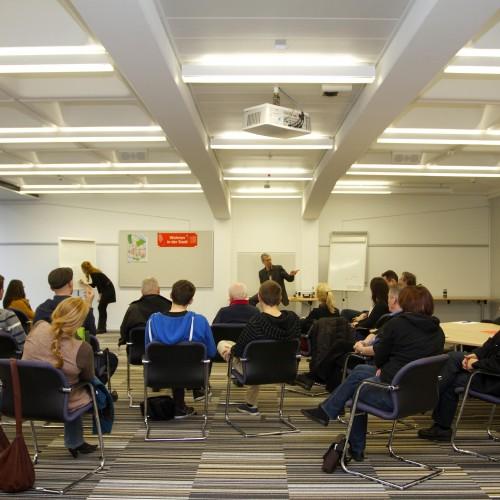 """Im Workshop """"Wohnen in der Stadt"""" wurden gemeinsam Projektideen entwickelt.  © Karlsruher Institut für Technologie (KIT)"""