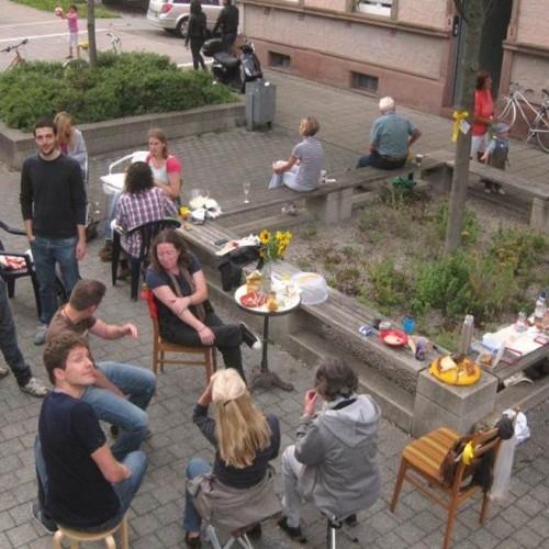 Bei gutem Wetter findet der Quartier Zukunft-Stammtisch auch schon mal unter freiem Himmel statt.