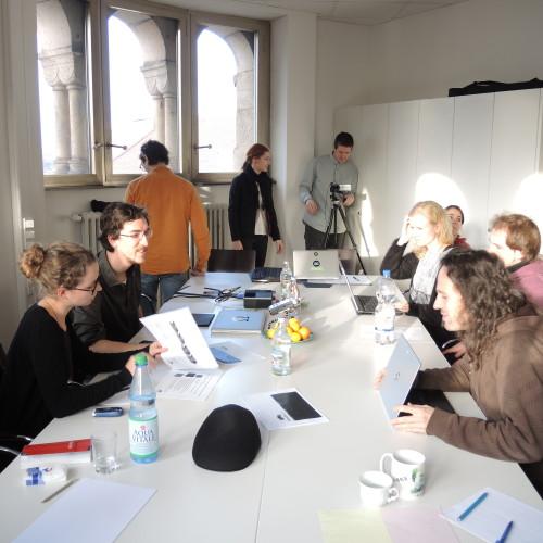 Die Projektgruppe Moiré,  Studierende der Universität der Künste Berlin, fertigt 2014 in einem mehrmonatigen Unterfangen für das Quartier Zukunft ein partizipativ angelegtes Kommunikationskonzept an.