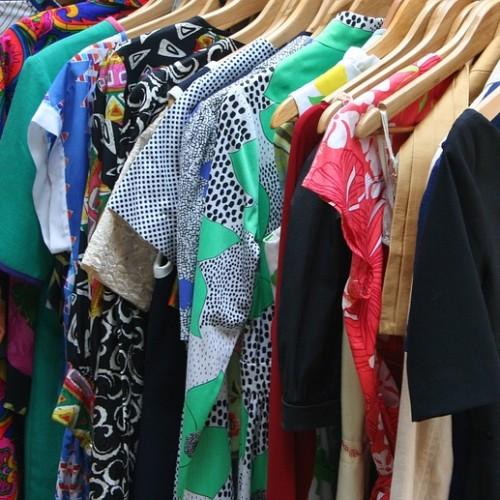 a52160a3c694 Das Prinzip  Tauschen statt kaufen! Mit der Kleidertauschparty am 24.  Oktober möchten wir ein Zeichen gegen den traditionellen Konsum setzen.