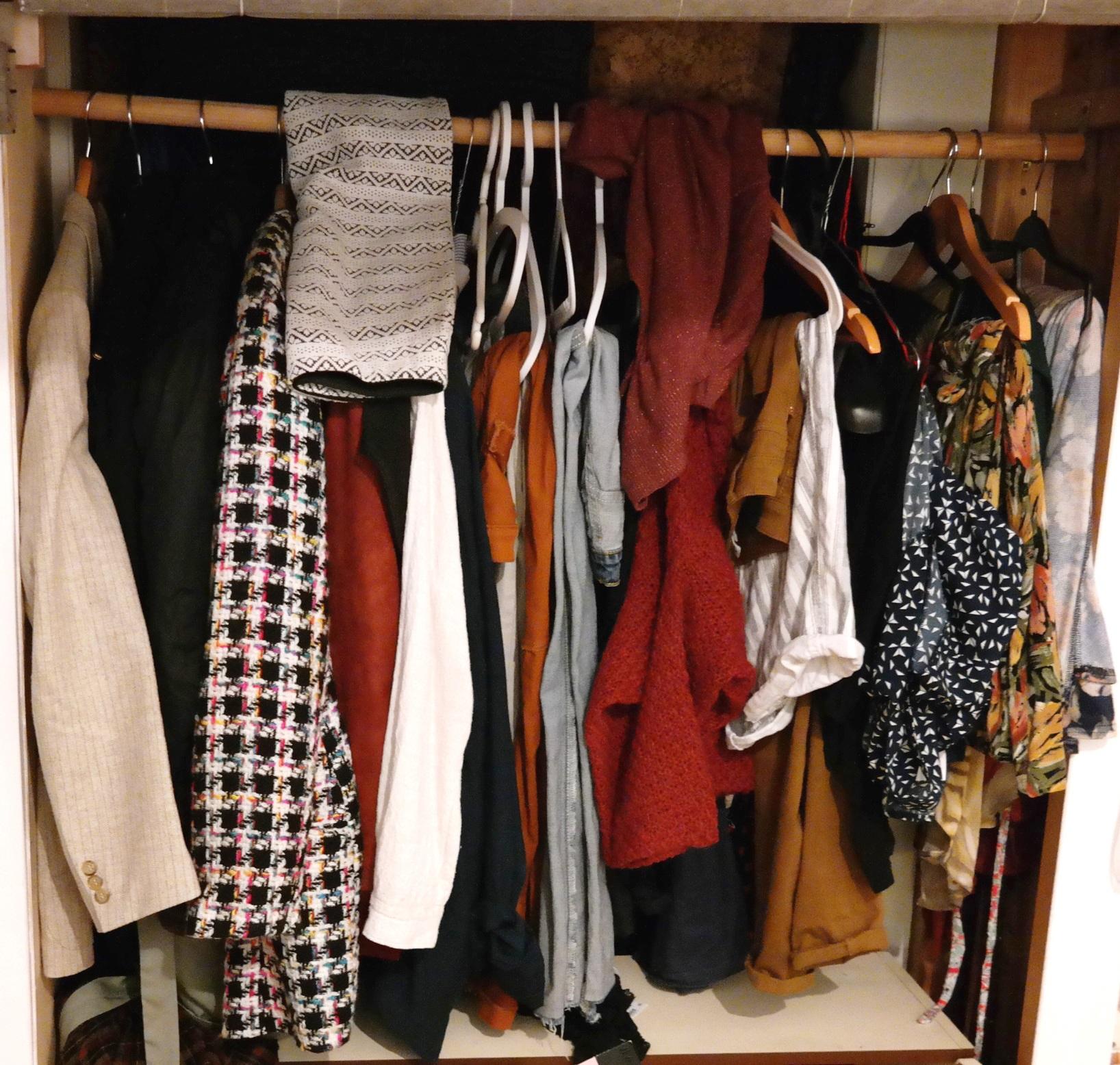Frauen kleidertausch
