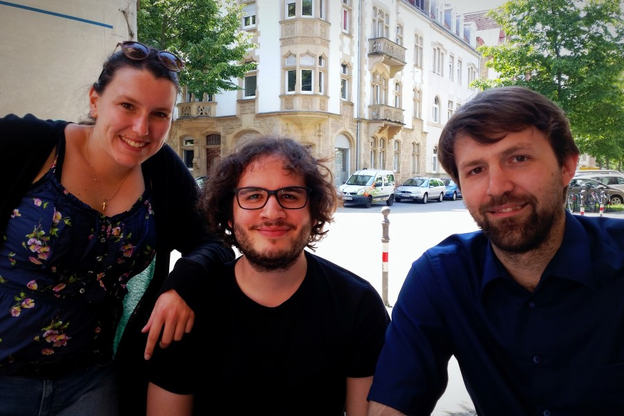 """Daniela Kastner, Roman Hernitschek und Kristjan Tamm sind die MacherInnen des NachhaltigkeitsExperiments """"Kreativ-Salon""""."""